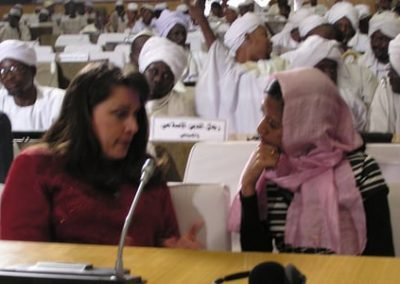 Discussing the role of women in Sudan